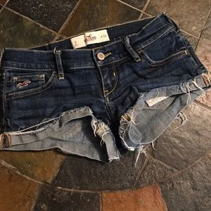 Hollister Butty Shorts!!! Size 0